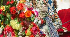 Pareesa Lawn Summer Collection 2018 By CenOne (31)