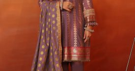 Alkaram-Embroidered-Collection-2020